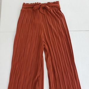NWT New Mix Pleated Trouser size Small